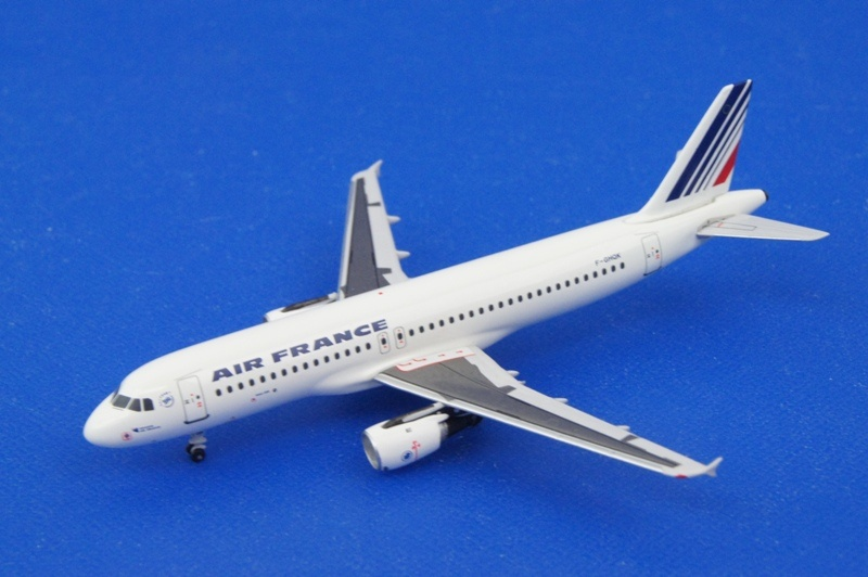 アエロクラシックス/AC91113 1/400 A320 エールフランス F-GHQK
