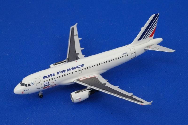 アエロクラシックス/AC00107 1/400 A319-100 エールフランス F-GRHD