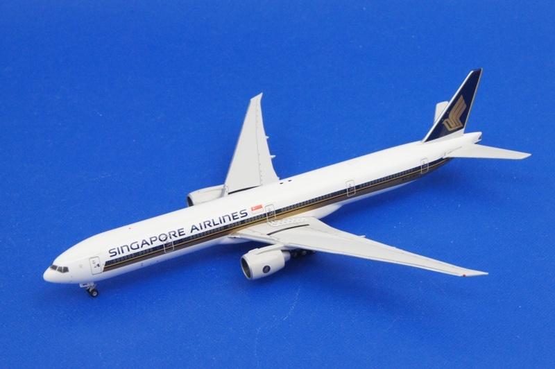フェニックス 1/400 B777-300/ER シンガポール 9V-SWH