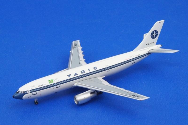 アエロクラシックス 1/400 A300B4-200 VARIG/ヴァリグ PP-VND