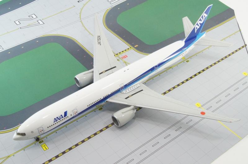 B777-300ER ANA