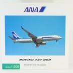 B737-820 ANA