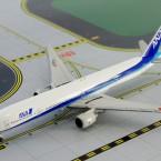 B777-300 ANA