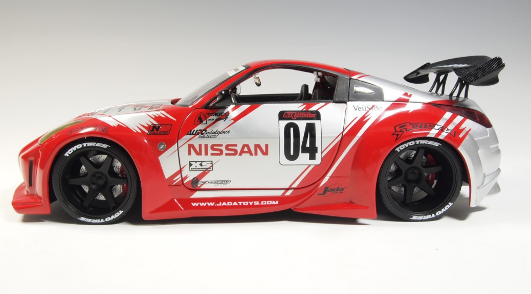 63314 d63314r Nissan 350 Z #04 red , silver RO_JA 19 Formula 7 & ALT Wheels 19 Rival wheels