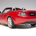 75977 aa75977 Mazda MX-5 true red. RHD Japanese version with retractable roof